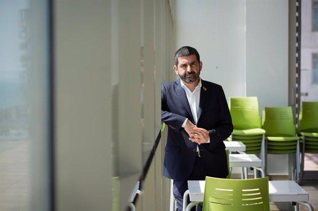 El conseller de Treball, Assumptes Socials i Famílies de la Generalitat de Catalunya, Chakir l'Homrani