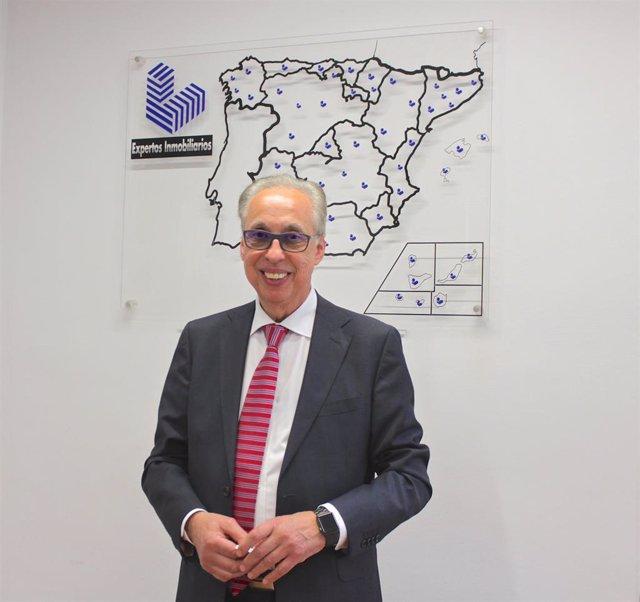 El presidente de APEI, Óscar Martínez.
