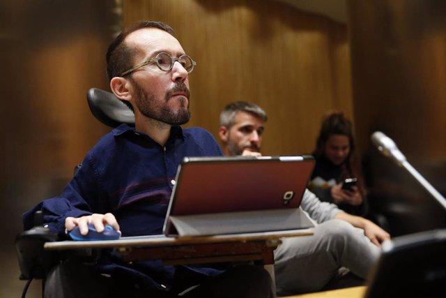 El portavoz de Unidas Podemos, Pablo Echenique, en la Comisión del Congreso de los Diputados para la Reconstrucción Social y Económica