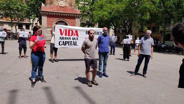 Coronavirus.- Unas 50 entidades llaman a manifestarse cada martes en plazas catalanas