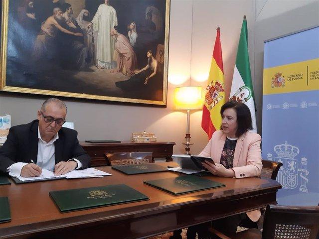 Reunión del presidente de la Confederación Hidrográfica del Guadalquivir (CHG), Joaquín Páez, con la delegada del Gobierno en Andalucía, Sandra García.