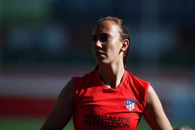 """Fútbol.- Virgina Torrecilla, intervenida de un tumor cerebral: """"He ganado el par"""