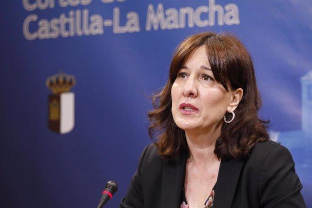 La consejera de Igualdad, Blanca Fernández, en su comparencia en las Cortes para informar de su gestión en la crisis del COVID-19.