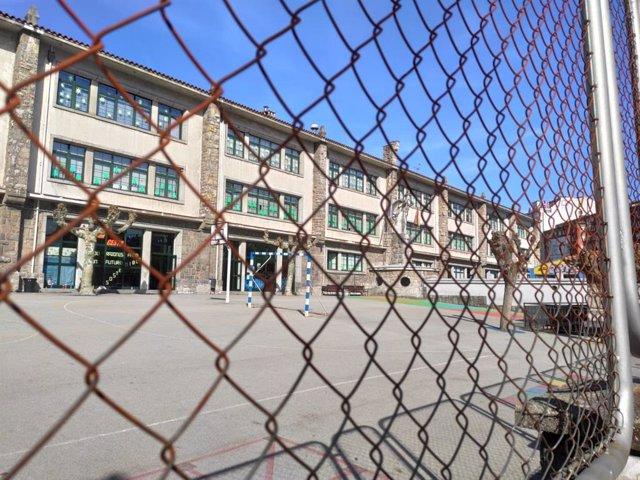 Colegio La Gesta, centro, escolar, escuela, educación, cerrado.