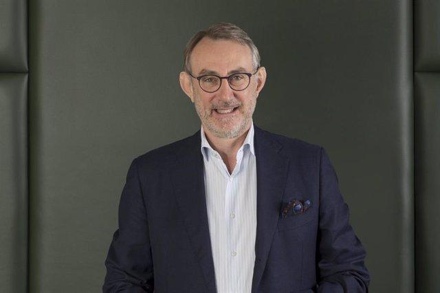 Vodafone Group ha elegido al consejero delegado de Heinken, Jean-Francois Van Boxmeer, como nuevo presidente del consejo de administración