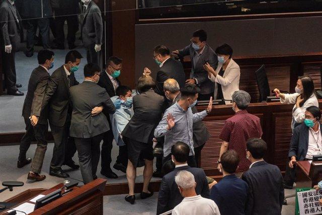 Protestas en el Parlamento de Hong Kong