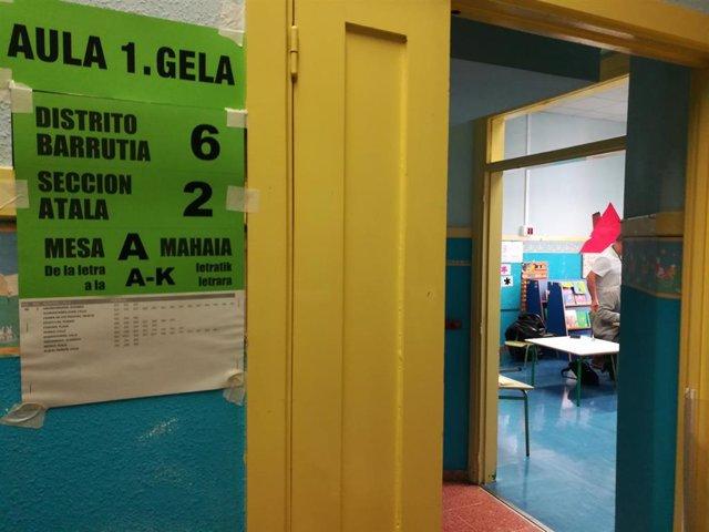 Colegio electoral en Bilbao