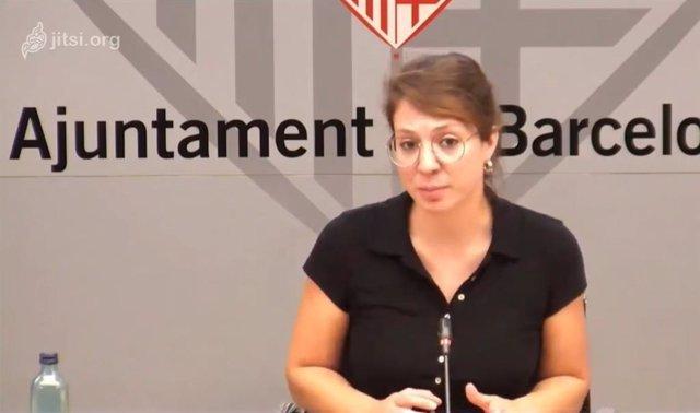 La teniente de alcalde de Ecología, Urbanismo y Movilidad de Barcelona, Janet Sanz, en una rueda de prensa telemática para anunciar el cierre de 7 zonas de la ciudad cada fin de semana.