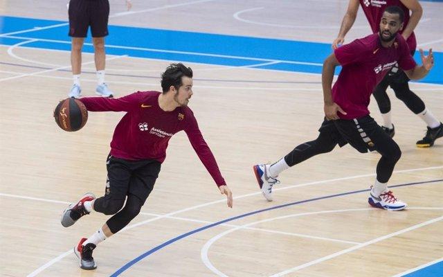 Thomas Heurtel y Brandon Davies en el entrenamiento del Barça de baloncesto del 22 de mayo de 2020