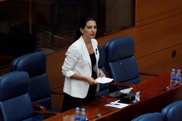 La portavoz de Vox, Rocío Monasterio, durante su intervención en el pleno celebrado este jueves en la Asamblea de Madrid