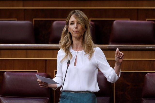 La portavoz del Partido Popular (PP), Cayetana Álvarez de Toledo, interviene durante el debate este miércoles en el Congreso,  en Madrid (España), a 20 de mayo de 2020.