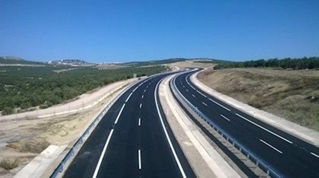 Autovía del Olivar entre Úbeda y Baeza