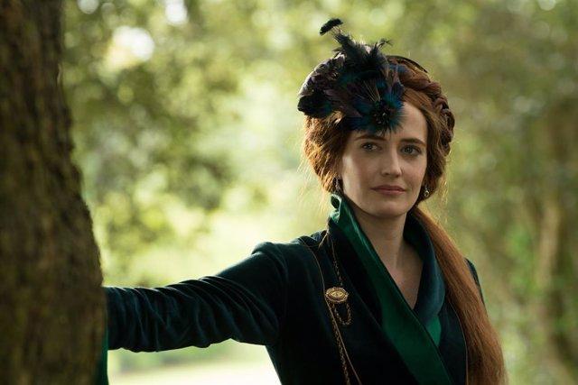 Eva Green protagoniza la serie Las luminarias
