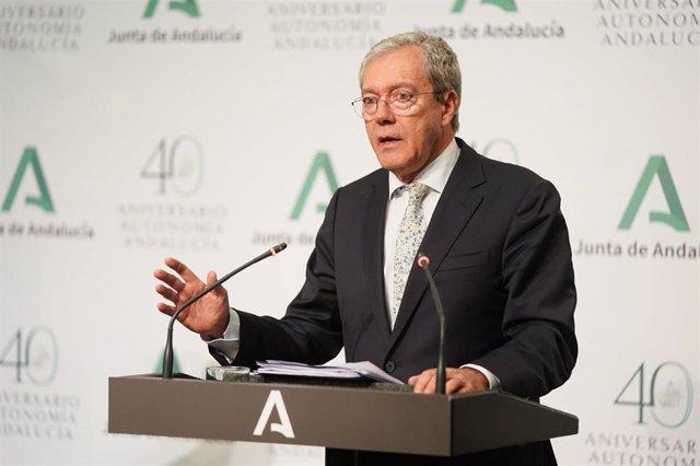 El consejero de Economía, Conocimiento, Empresas y Universidad de la Junta de Andalucía, Rogelio Velasco, en una imagen de archivo.
