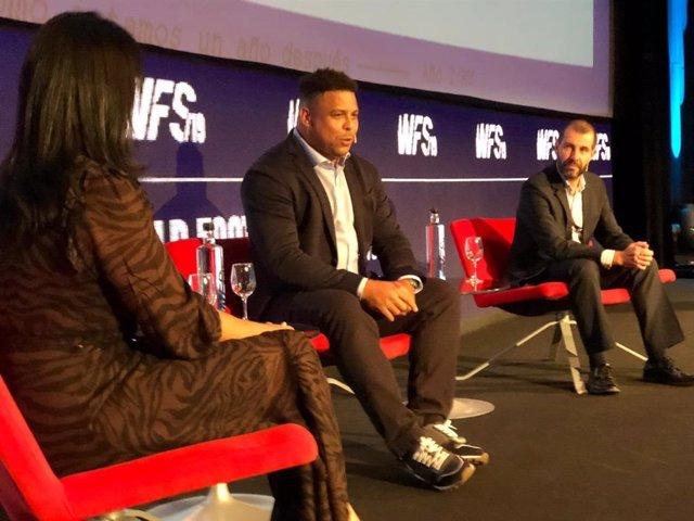 Ronaldo Nazario en su participación en World Football Summit de 2019