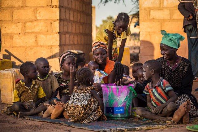 Sahel.- Las necesidades de los niños en el Sahel se multiplican mientras la COVI