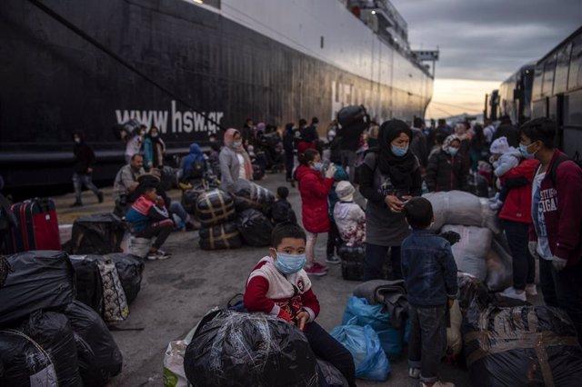 Europa.- Rescatados 51 migrantes, muchos de ellos niños, a pocos metros de la co