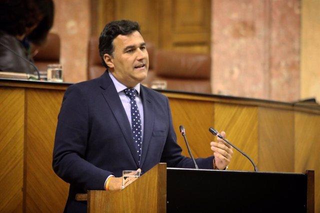 El portavoz en la Comisión de Hacienda del grupo parlamentario de Ciudadanos, Carlos Hernández White, en una imagen de archivo