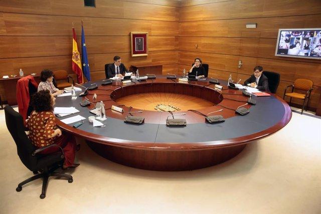Reunión del Consejo de Ministros extraordinario en el Palacio de La Moncloa, en Madrid (España), a 22 de mayo de 2020.