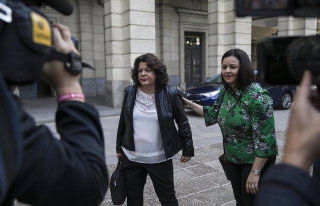 A la izquierda de la imagen, María Eugenia Moreno