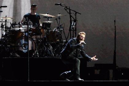Vendida por 85.000 euros la letra manuscrita por Bono del 'I still haven't found what I'm looking for' de U2