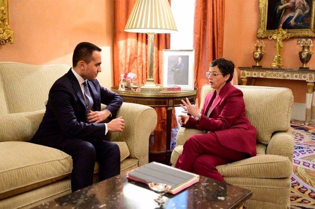 El ministro italiano de Asuntos Exteriores, Luigi di Maio, con su homóloga española Arancha González Laya durante una reunión en Madrid el 7 de febrero de 2020