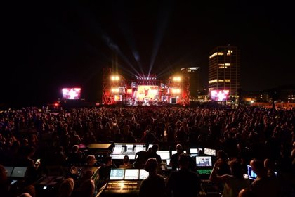 Más de 3.000 personas asisten a un festival en Tel Aviv en protesta por el confinamiento en Israel