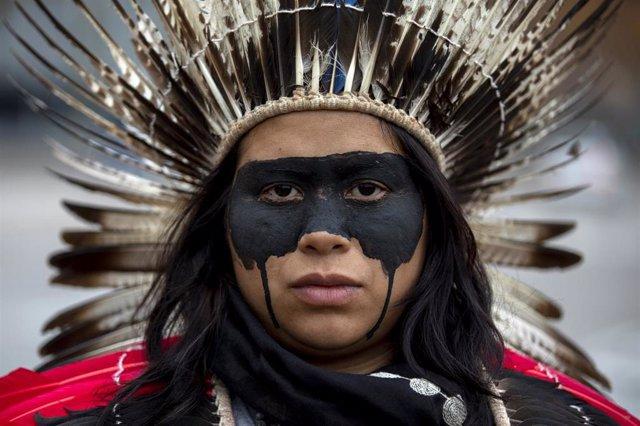 Líder guaraní de la Amazonía brasileña durante la COP25