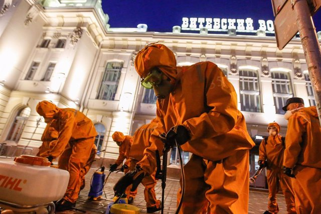 Coronavirus.- Rusia supera los 9.400 contagios diarios y se acerca ...