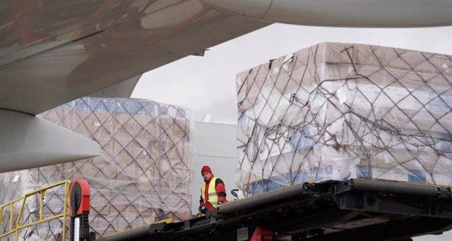 La Comunidad de Madrid supera las 1.000 toneladas de material ...