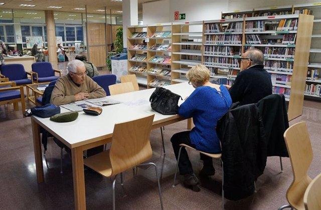 Una de las bibliotecas municipales del Ayuntamiento de Valladolid.