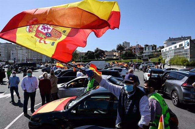Manifestación de Vox en A Coruña (Galicia) para pedir la dimisión del Gobierno por su gestión durante la pandemia.