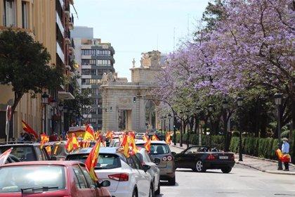 """Vox se manifiesta en coches por València para expresar su """"hartazgo"""" con el Gobierno """"mentiroso, inútil e ilegítimo"""""""