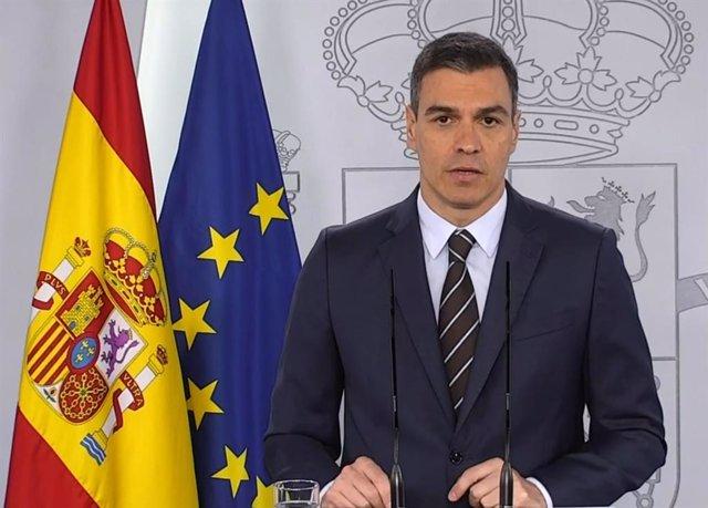 El presidente del Gobierno, Pedro Sánchez, durante su intervención en rueda de prensa desde Moncloa el sábado 23 de mayo de 2020