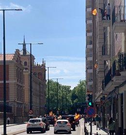 Una de las calles del centro de Valladolid, durante la manifestación rodante de este sábado 23 de mayo.