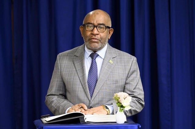 Comoras.- Detenidas 19 personas por un intento de atentar contra el presidente d