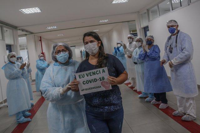 Una paciente supera el Covid-19 en Manaus, Brasil