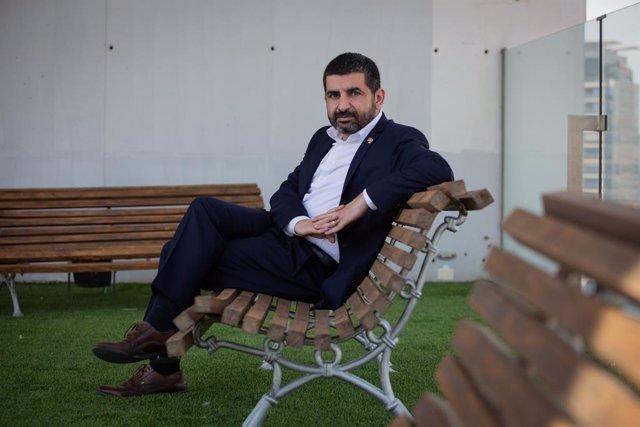 El conseller de Treball, Assumptes Socials i Famílies de la Generalitat de Catalunya, Chakir  El Homrani, després d'una entrevista d'Europa Press