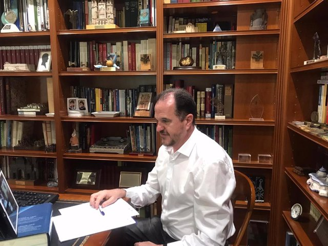 El candidato de PP+Cs, Carlos Iturgaiz