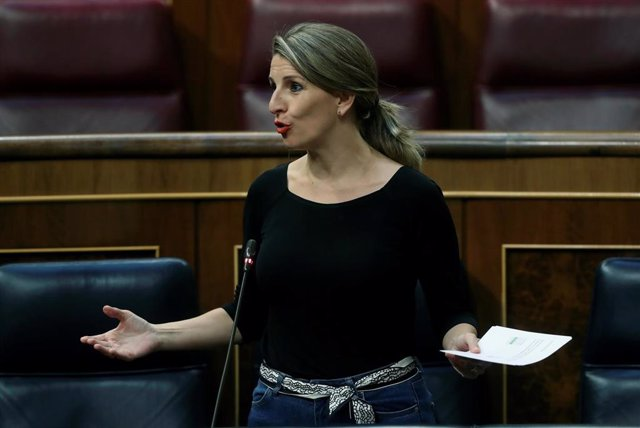 La ministra de Trabajo, Yolanda Díaz, en una intervención ante el Pleno del Congreso