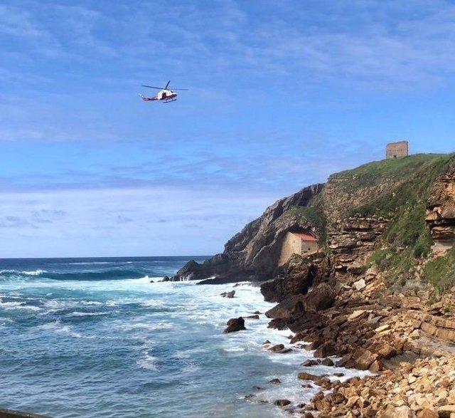 Encontrado el cadáver del pescador que cayó al agua en Cantabria