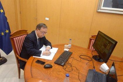 """Ceuta anuncia a Sánchez que cerrará el polideportivo que alberga a 127 marroquíes """"en los próximos días"""""""