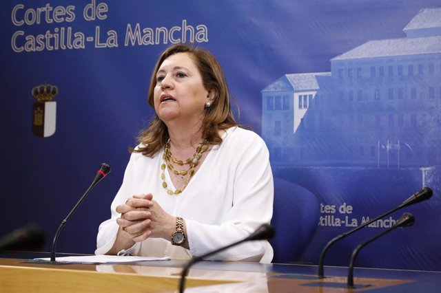 Comparecencia de la consejera de Educación, Cultura y Deportes, Rosa Ana Rodríguez, en las Cortes.
