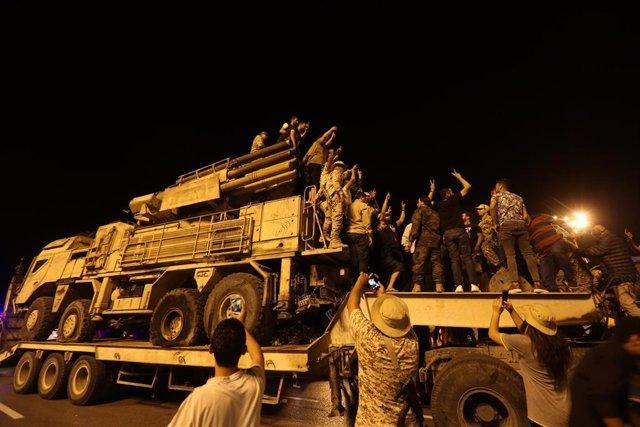 Imagen de archivo de un sistema de defensa aérea Pantsir de las fuerzas de Haftar destruido por las fuerzas del Gobierno de unidad en Trípoli