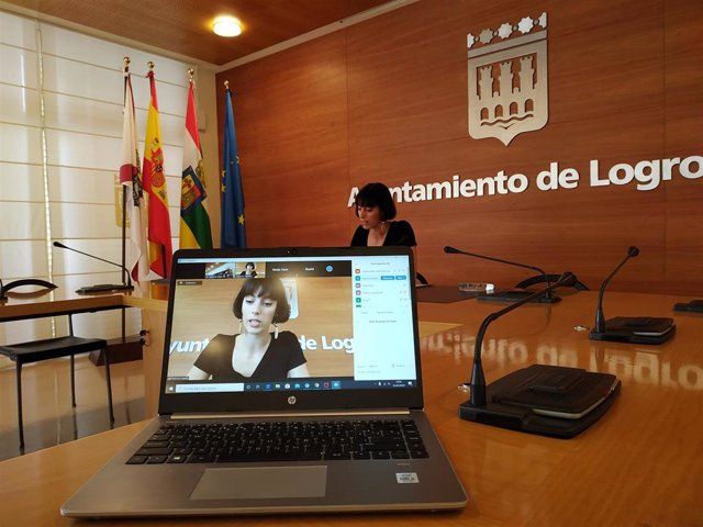 La concejal del Grupo Municipal Popular, Patricia Lapeña, en comparecencia de prensa