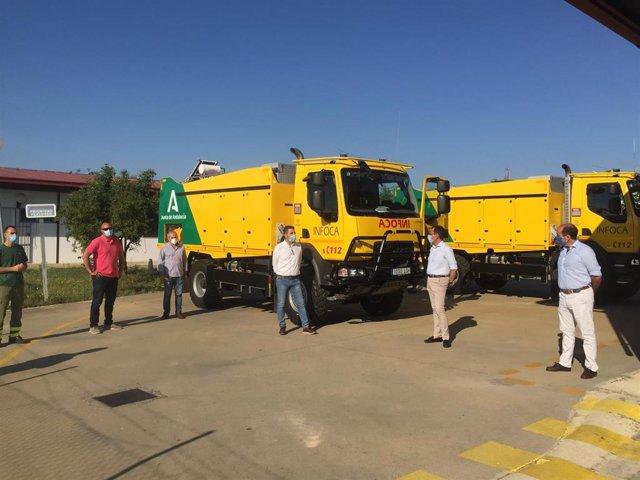 [Grupohuelva] Nota Y Fotos Junta (Camiones Autobombas Infoca Huelva)