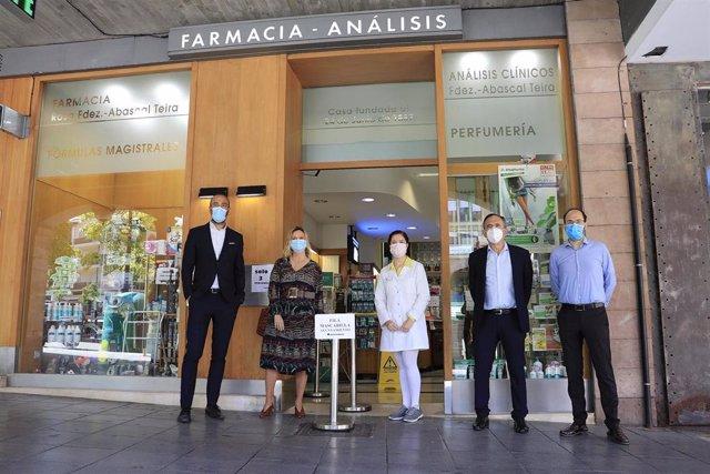 Reparto mascarillas Torrelavega
