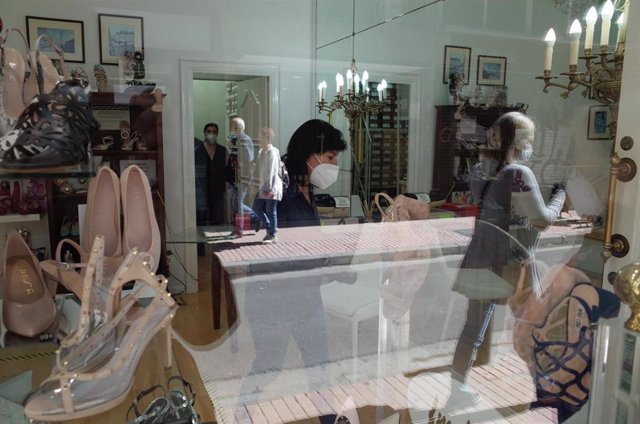 Una zapatería abierta en Zaragoza