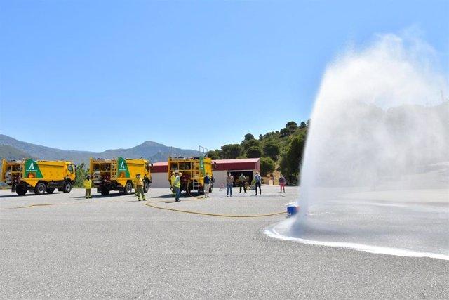 Nota Y Fotos/ La Junta Dota Con Tres Nuevos Vehículos Autobomba Al Operativo Infoca En La Provincia De Granada