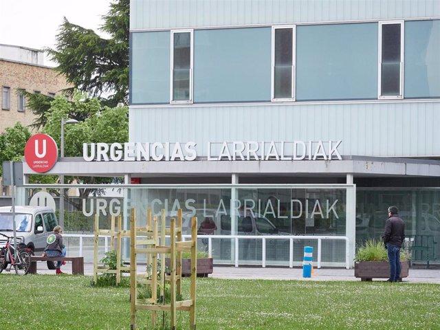 Acceso del Servicio de Urgencias del Complejo Hospitalario de Navarra durante el Estado de Alarma ocasionado por la Pandemia Covid-19 en Pamplona, Navarra, España, a 27 de abril de 2020.